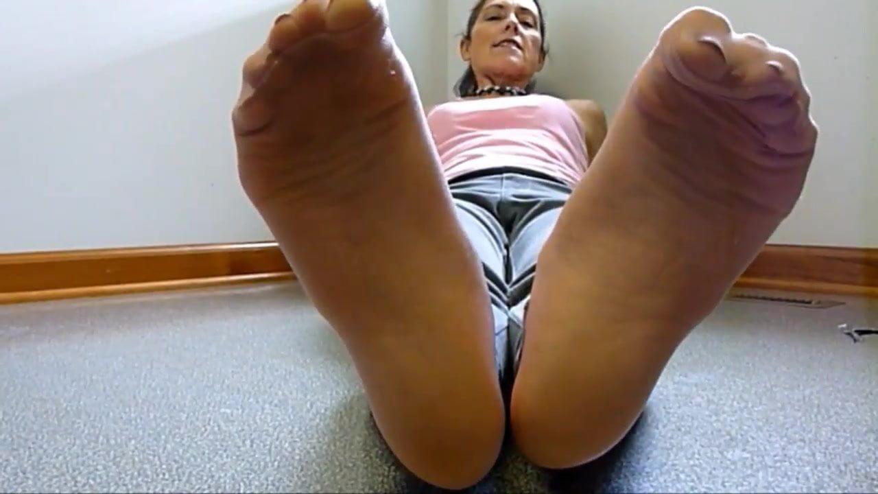 Lesbian Stocking Feet Lick