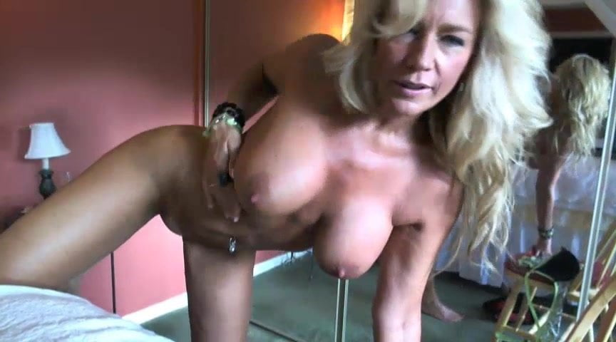 Housewife secret web cam — photo 15
