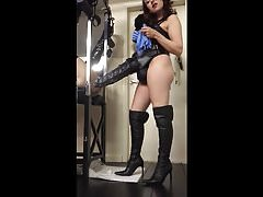 Kinkysteph Vs The Seahorse XXXL from Mr Hankeys Toys