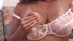 horny mature babe using dildo on webcam