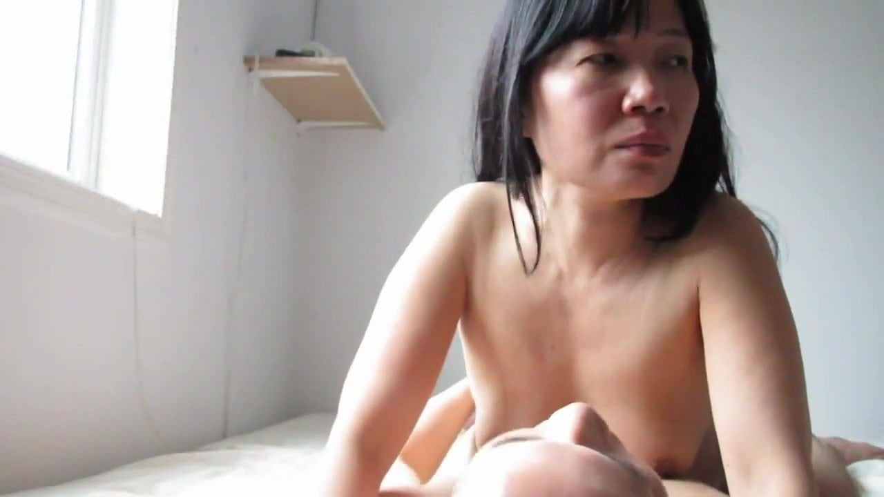 authentic amateur asians naked sex