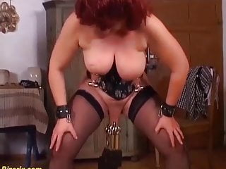 German Matures Labia Extreme Stretched