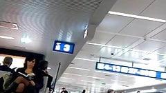 Signora in Autoreggenti Aeroporto Fiumicino