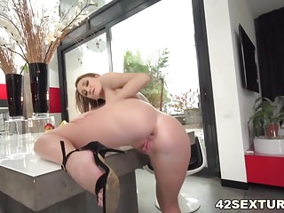 Preview 3 of Fuck my tight ass!