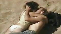 VOYEUR ON THE BEACH 9 couple on the beach