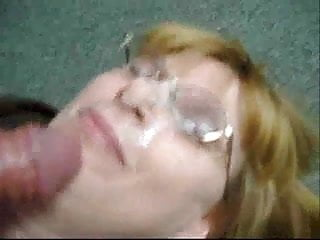 Giving my Blowjob Buddy her first facial in the office