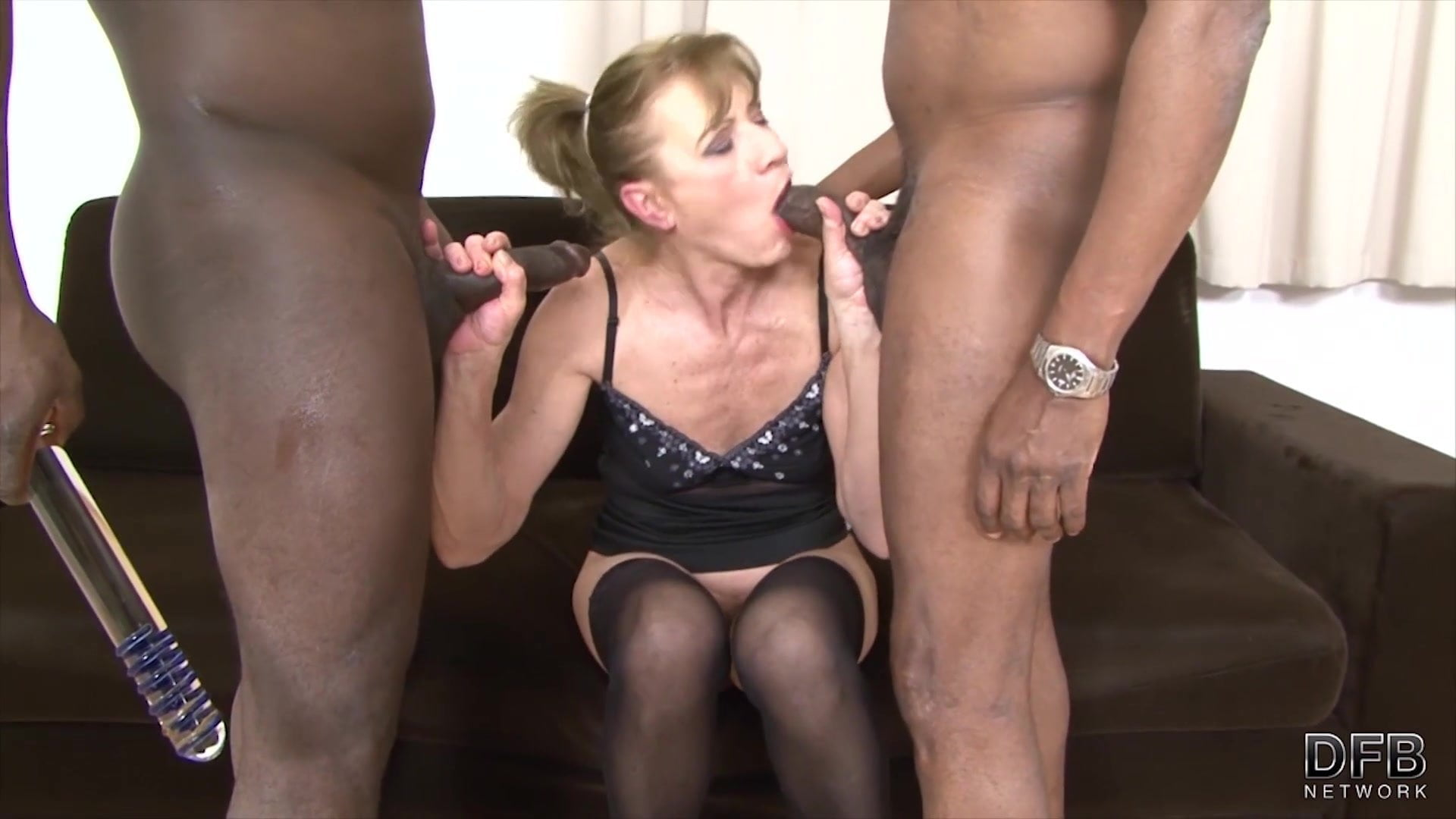 Granny Anal Fucked in Hardcore Interracial Threesome.