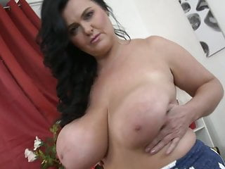 Download video bokep Worlds best mother with huge natural juicy tits Mp4 terbaru