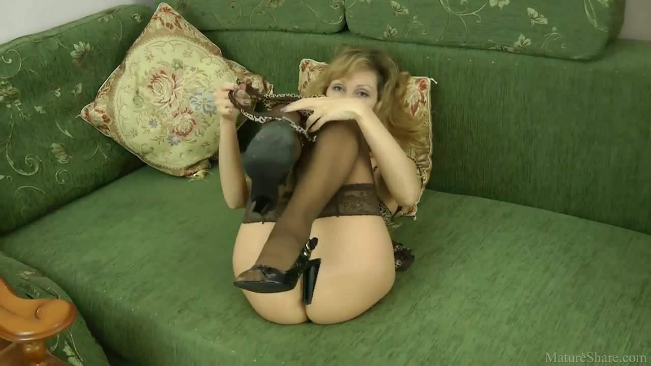 Kinky Mature Mom In Stockings, Free Mature Tube Hd Porn E9-1982
