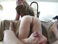 Sister footjob pink toes