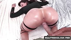 RealityKings - Monster Curves - Lust At First Sight