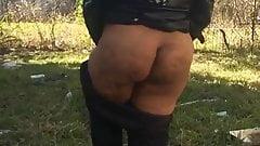 Granny Jiggly Ass!!!!!!