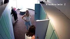 Hidden camera in the locker room 8 seper girls