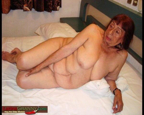 Old granny broads nudes