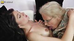 Granny fucks her neighbour lesbian girlfriend