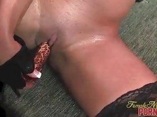 Fit Pornstar Nikki Jackson Fucks Herself With A Vibrator