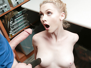 Shoplyfter Thief Blonde Babe Fucked While In Custody