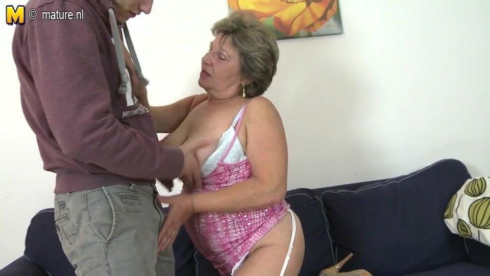 Hot naked bengali chick