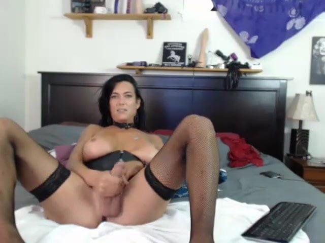 Sexy mature tgirl
