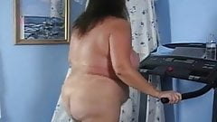 Girl on treadmill porn