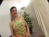Indian girl - parro