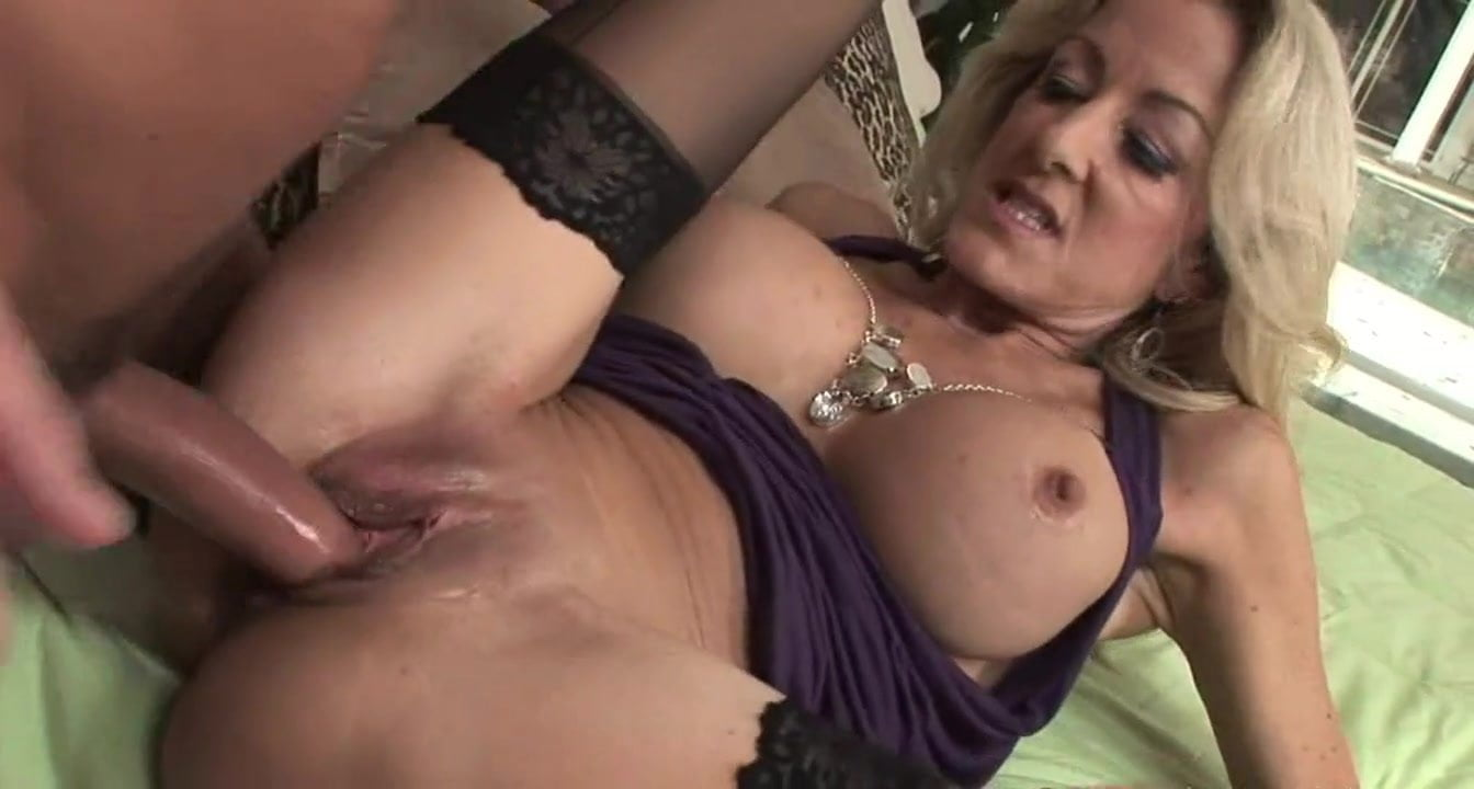 Cougar In Stockings Want Young Dick Top Mature Hd Porn 03-4691