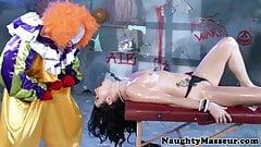Petite Veruca James deepthroats clowns cock