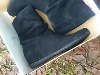 New Suede boots in water