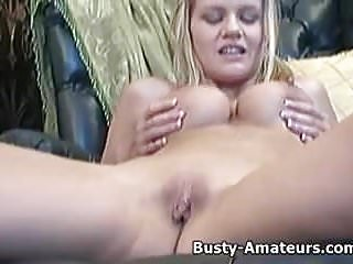 Busty amateur Lisa loves playing her pussy