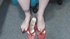 long toenail domina