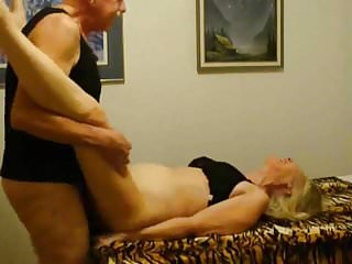 Slut Sue gets her hairy cunt fucked.Enjoy