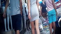Gostosinha de mini saia