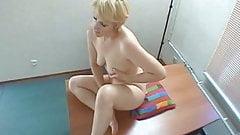 casting Blonde mature
