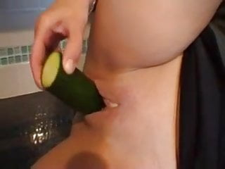 7 minutes of cucumber loving mature in kitchen