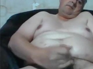 Chubby daddy having hot time