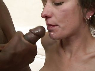 MILF gets thrusted from behind while sucking another cock