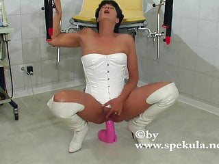 Pink viper anal