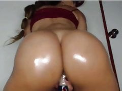 brazilian with monster ass twerking on dildo