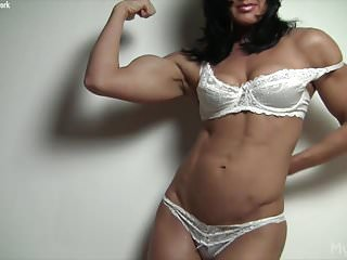 Male bodybuilders naked - Naked female bodybuilder and her big clit