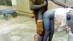 Ямайский трах на улице