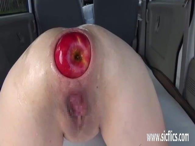 Фото яблоко в попе