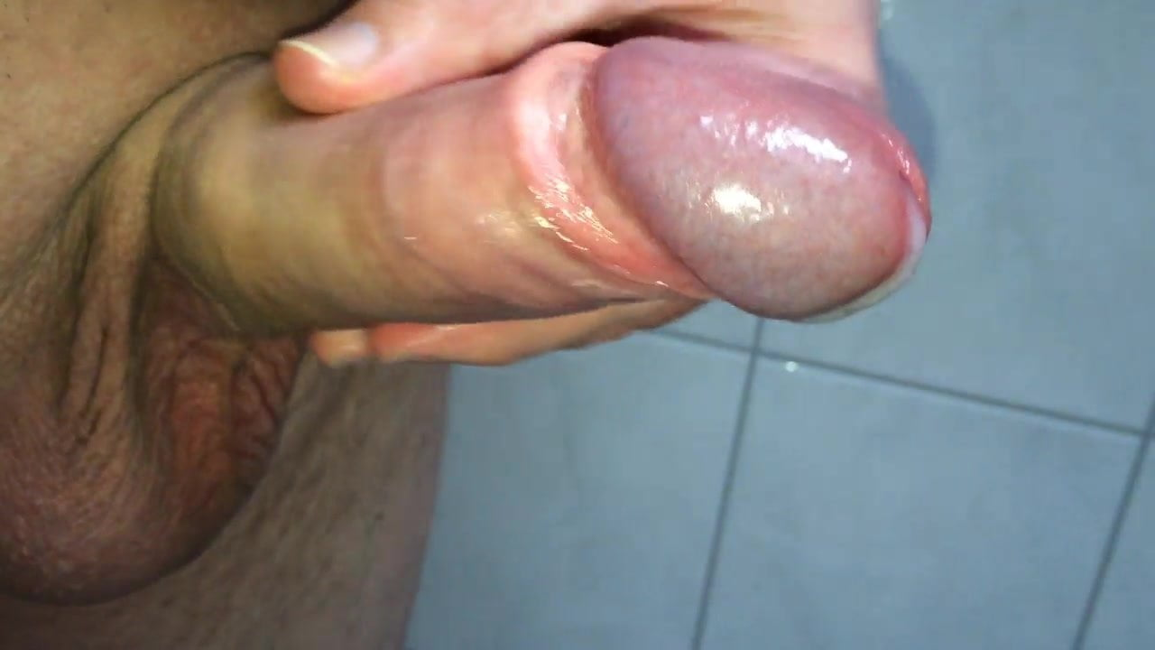 Open and bred uncut penis love