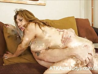 Preview 4 of Curvy Latina Milf Marisa has her tits covered with cum