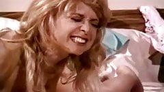 Ashlyn Gere, Bionca, Nina Hartley in lesbians make love in