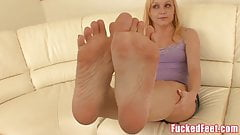 Amateur Teen Heather Gives First Footjob for Fucked Feet!'s Thumb