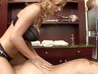 Horny MILF offers lick session to hot blonde after the massage