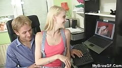 Porn-loving girl cheats on her man
