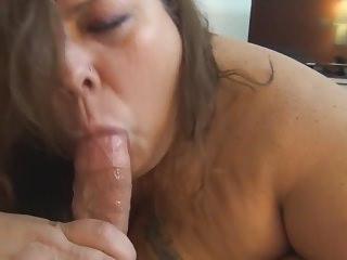 BBW Tania Sue gets Railed