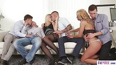 Orgia Bisex. Scopate e inculate tra maschi e femmine.