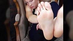 FEET IN FACE - Redhead Gymnast Feet - NO SOUND